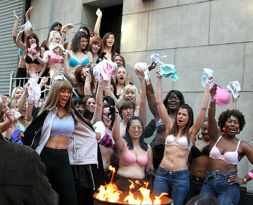 Tyra Banks' bra burning