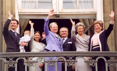 The Royal family on the balcony of the castle Amalienborg
