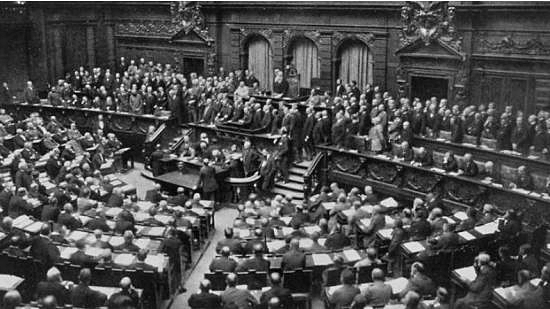 An unanimous German Bundestag vote for war credits in 1914