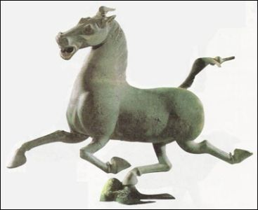 The Han dynasty bronzehorse from Gansu