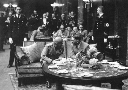 Hitler and Mussolini in eager conversation