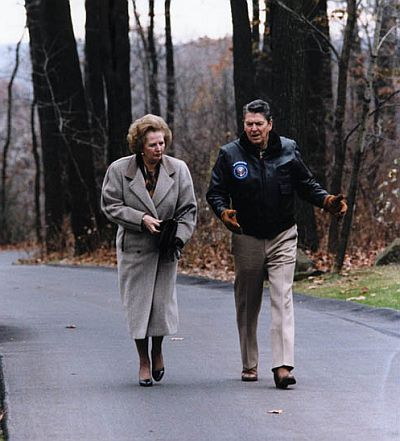 Magaret Thatcher and Ronald Reagan in Camp David