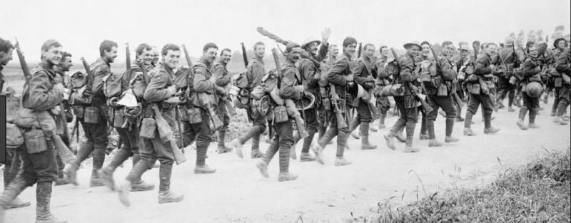 English soldiers heading towards the trenches